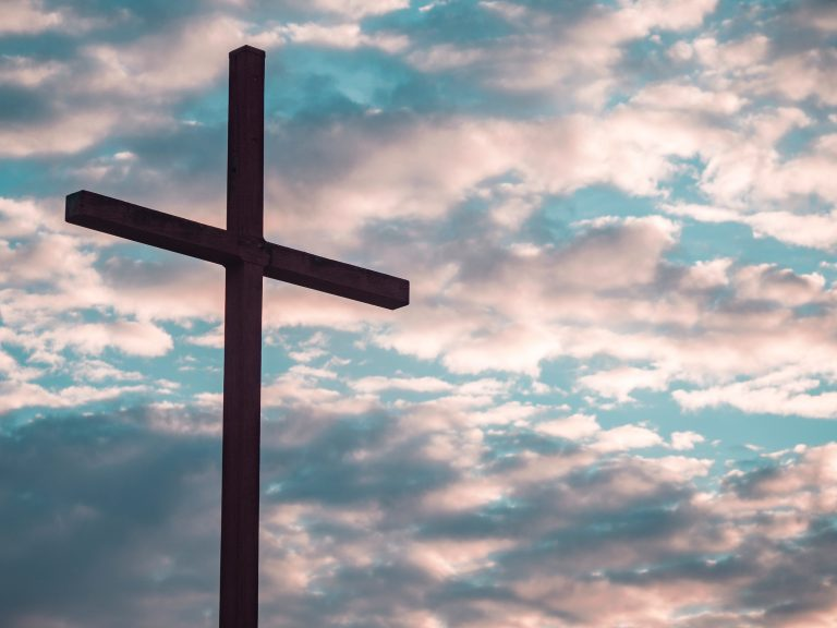 Read more about the article The Ultimate Sacrifice was for You! Discovering the Jesus Your Heart Longs for